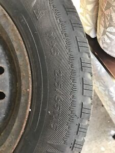 4 snow tires with rims 215/65R15