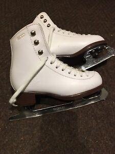 GAM figure skate size 12.5 youth