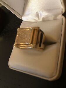 Men 10K Gold Diamond Ring **450$** FIRM