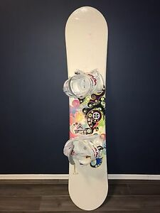 Women's Snowboard, Mint Condition!