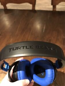 Turtle Beach Headphones with Mic for PS4