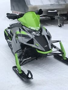 Arctic cat. zr 8000 2018