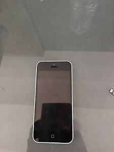 Iphone 5C 16gb white locked with Rogers