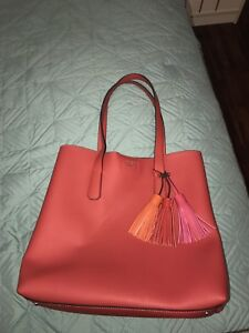 Red Guess Tote bag