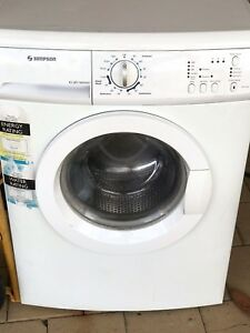 Simpson washing machine 5kg with free delivery, install n test