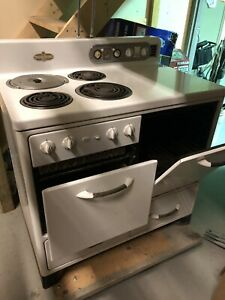1953 Vintage General Electric Stove