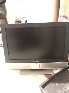 Envision Flat screen LCD TV 36 ""