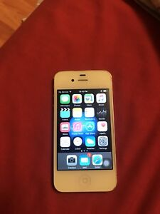 Unlocked iPhone 4S white 16 G perfect condition