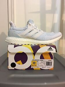 Adidas Ultraboost Parley Ice Blue DS sz 10