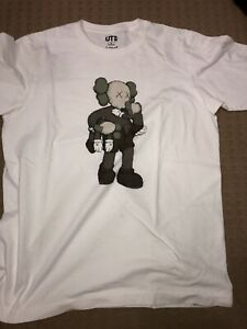 f00979d3 Kaws Uniqlo | Kijiji in Ontario. - Buy, Sell & Save with Canada's #1 ...