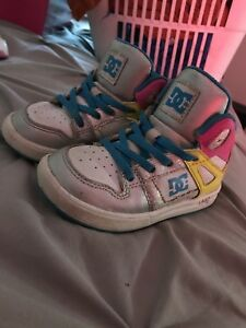 TODDLER DC SHOES