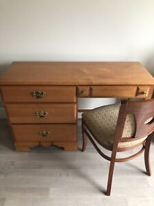 Solid wood desk & chair