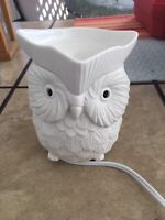 Scentsy Whoot the Owl full size night light warmer