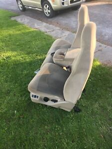 Front Bench seats for a 97-03 Ford F150