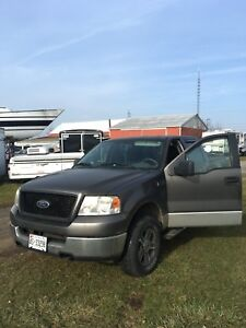 2006 Ford F1 50 4 x 4