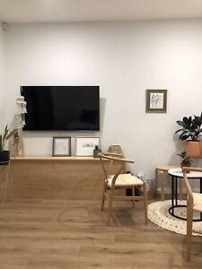 Female $200 p/w Inner City Room For Rent Townhouse
