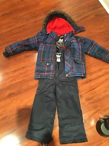 Boys's Gusti winter snow suit.