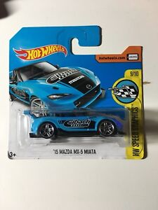 Hot Wheels '15 Mazda MX-5 Miata blue