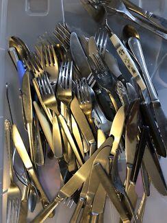Assorted cutlery