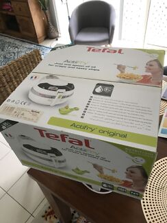 New Tefal Actifry Original air fryer 1kg with only 3% fat great gift
