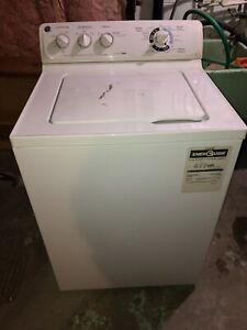 MOVING SALE - Washer and Dryer set