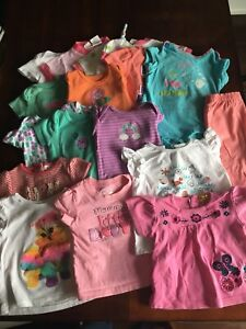 Lot de vêtements bébé fille taille 9 mois