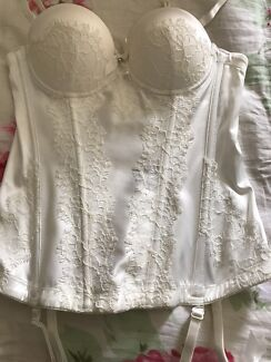 10A Corset Corrimal Wollongong Area Preview