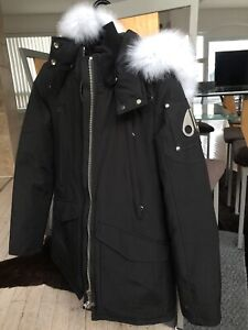 Moose Knuckles Women's Parka White Fur Size Small