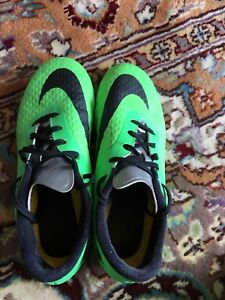 Men's Nike soccer shoes