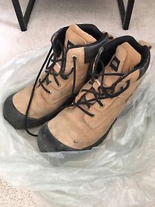 STEEL TOE BOOTS CONSTRUCTION
