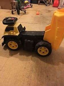 Megabloks 3 in 1 ride on dump truck