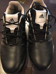 Adidas teen golf shoes sz 7