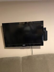 Tv with dvd and mounting bracket