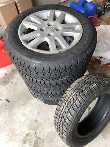 4 Honda / Saturn - 185/65R15 Winter tires on rims