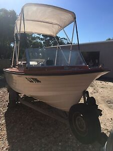 Fishing boat Rosebud Mornington Peninsula Preview