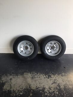 Dunbier trailer wheels