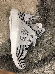 NMD XR1 zebra size: 10 and 10.5us Reservoir Darebin Area Preview