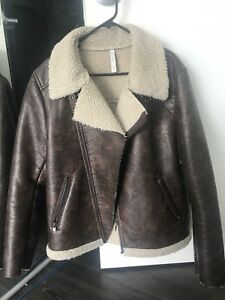 ZARA MAN LEATHER JACKET. XL