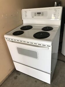 Kenmore 4 y New condition Coil STOVE can DELIVER