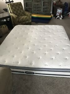 King size bed $20