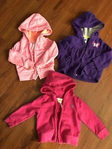 Baby girl clothes size 12 mos