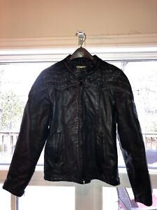 b906bd578ce Ladies  black leather motorcycle jacket