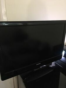 32 inch Phillips LCD