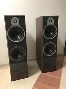 B&W speakers DM630