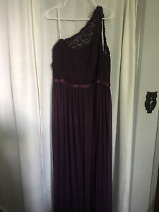 Davids bridal bridesmaid dress, bridal size 20 in plum