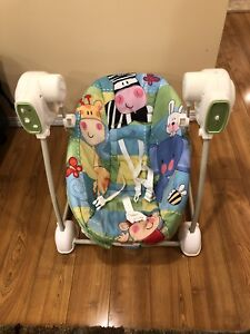Fisher Price 5 speed baby Swing, music, and calming vibrations