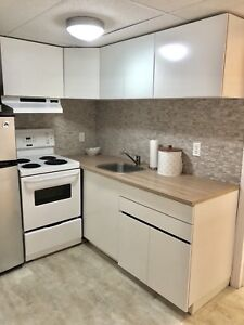 Home Sweet Home - 2 Bed & 1 Bath - Newly Renovated