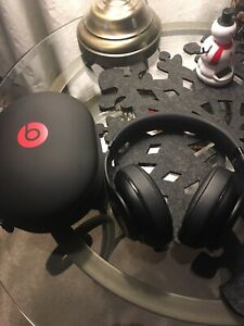 Beats studio 2- wireless