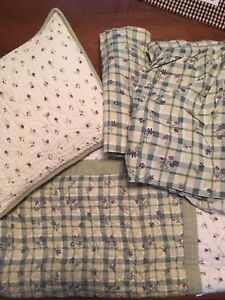 Quilted Crib Set