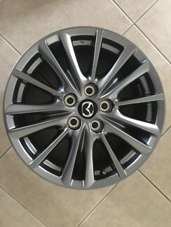4 x Genuine Mazda CX-5 2017 17 inch silver alloy wheels